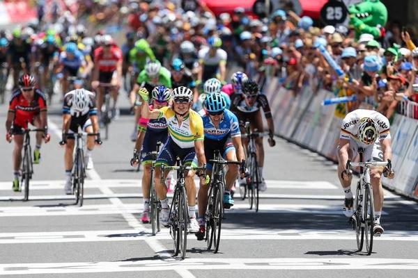 Cyclisme-Gerrans-souffle-la-1re-etape-du-Tour-Down-Under-a-Greipel_reference